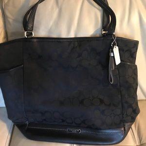 Coach large black purse in excellent condition